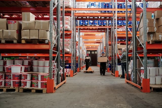 Why Is Professional High Level Cleaning Essential For Warehouses?